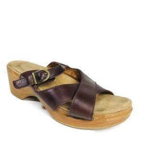 Dansko Sandals Sela Brown Cross Strap Slide